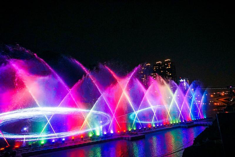 新北市新店區 碧潭水舞秀34