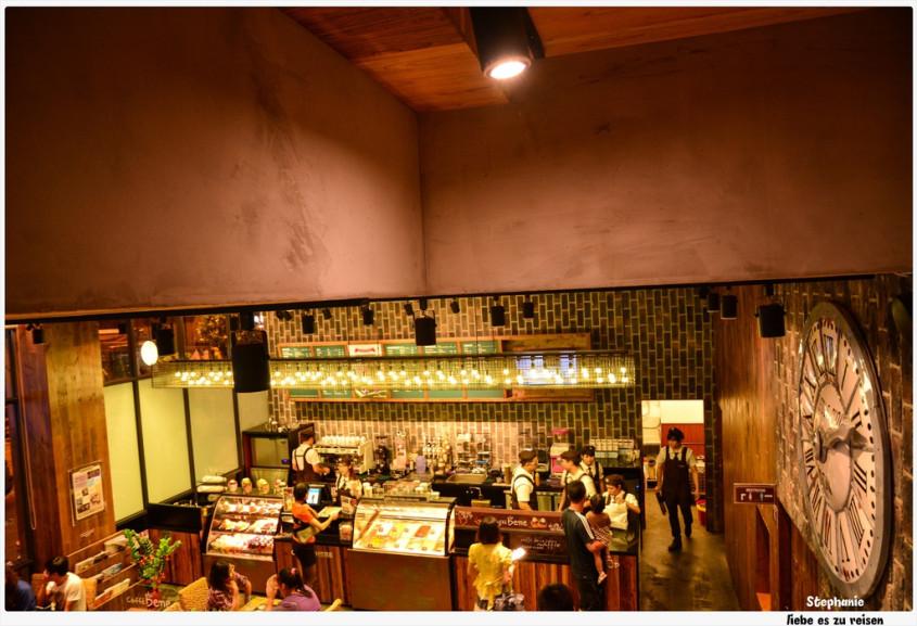 高雄凤山 韩流来袭,连咖啡厅也刮起一阵韩风*coffee bene(凤山店)