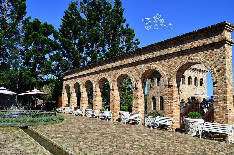 浪漫的欧式古堡花园.新社古堡庄园 (800x530)-键 词 庄园