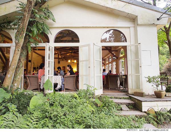 19號咖啡館:【台北 Taipei】隱身在森林綠意 陽明山菁山街19號咖啡館Yangmingshan