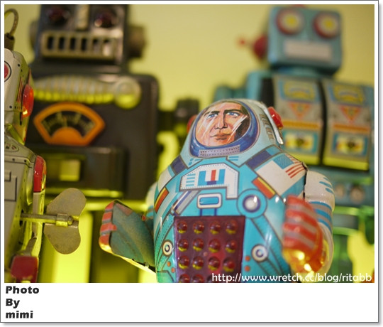 鐵皮駅機器人餐廳ROBOT STATION