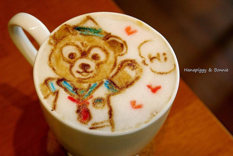 【台中。豚】MCFee Cafe麥克菲,大家快去指定拉花圖案(菜單 ...