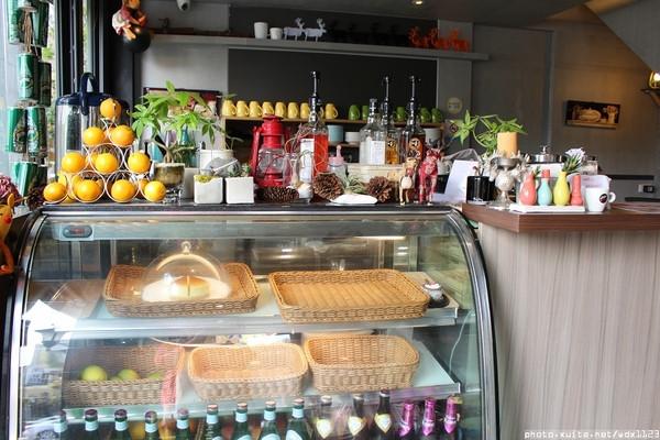 Meet Road麋路咖啡輕食坊:Meetroad麋路咖啡輕食坊✪讓人遠離塵囂+放鬆悠閒的好去處~104.03.03