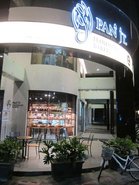 高雄左營區=<食>潘瑞宗手感的店~甜點比鹹食更讓我尖叫喜歡