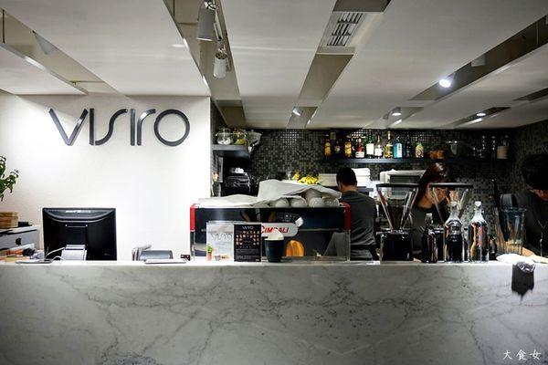 ▼半开放式吧台厨房设计图片