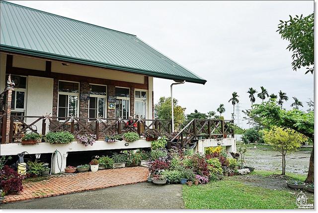 宁静的后山里有著美式田园建筑风格的乡村风民宿  红隼-浪漫小屋双人图片