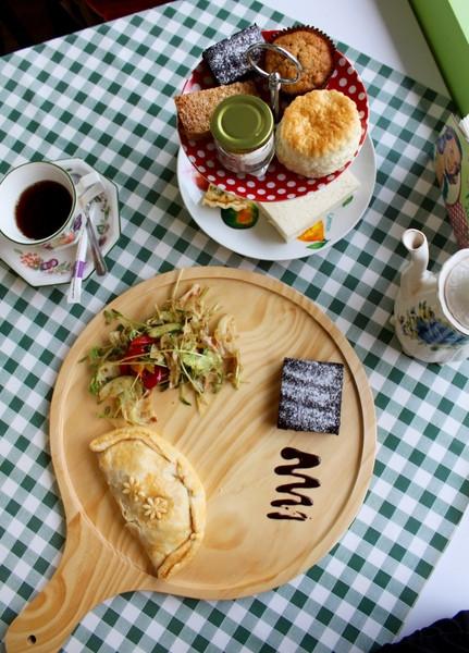 [台南]正统英式下午茶超a个人的司康与布朗尼D一个人通关的枪战游戏图片