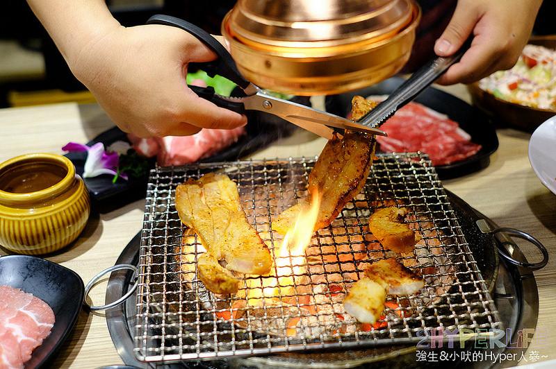 铸烧 彰化市区日式炭火烧烤加火锅吃到饱!