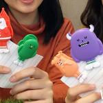 年底最萌集點加價購開跑!韓國超夯「黏黏怪物研究所」抱枕、磁鐵夾就在全家便利商店,售完為止要搶要快。