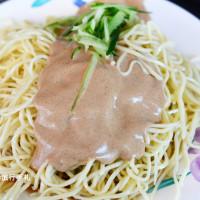 台北市美食 餐廳 中式料理 易家鯊魚麵 照片