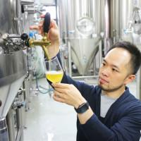 精釀啤酒嘗鮮更即時!金色三麥釀造廠產速飆升五倍!讓消費者更快搶鮮品嘗啤酒最佳風味。