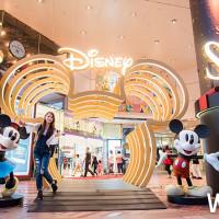 東區必拍新景點!台北SOGO忠孝館、復興館聯手打造「Disney Magic Season」迪士尼大型戶外聖誕景點,讓你怎麼拍都好看。