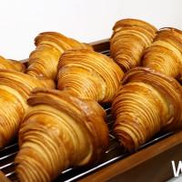 堪稱史上最強法式可頌!GC可頌插旗松山車站,推出全新三款必吃可頌,再加碼GC松山店「限定法式甜點」。