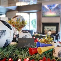 看世界盃足球賽就來這!慕軒飯店「世足同樂趴」美食啤酒配世足轉播。