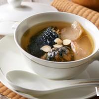 想喝「煲湯」不用再飛香港了!台北美福潮粵坊精挑細選四款涼補湯品,搶攻頂端客群。