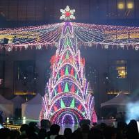 我愛紐約!網紅必拍聖誕樹聲光秀、信義區紐約景點大公開,準備搶攻IG版面。